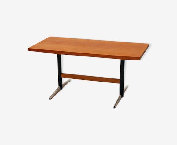 Table low mahagon