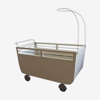 berceau lit b b en fer iron cradle m tal blanc. Black Bedroom Furniture Sets. Home Design Ideas