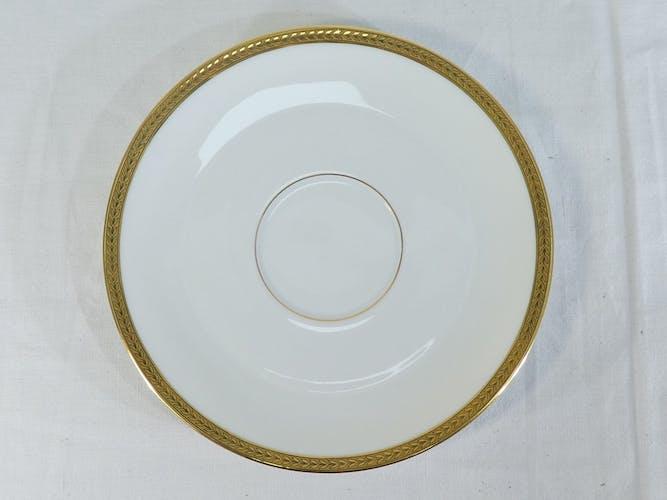 Dejeuner tasse a thé et sous-tasse en porcelaine de LIMOGES syle empire