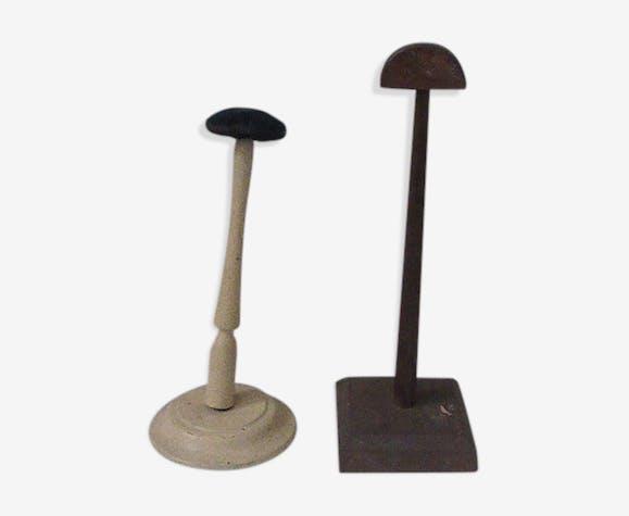 Two doors milliner hats, art deco