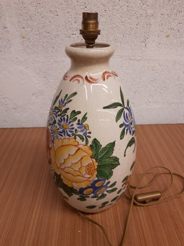 Pied de lampe en céramique craquelée peinte à la main