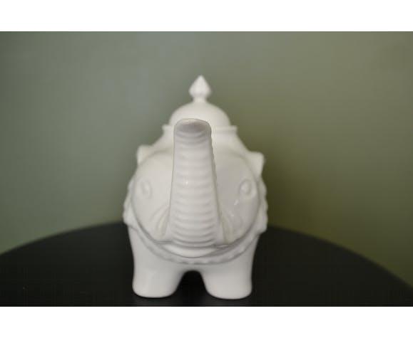 Théière  éléphant blanche