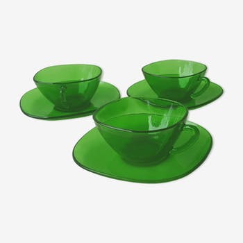 3 70's glass cups and saucers